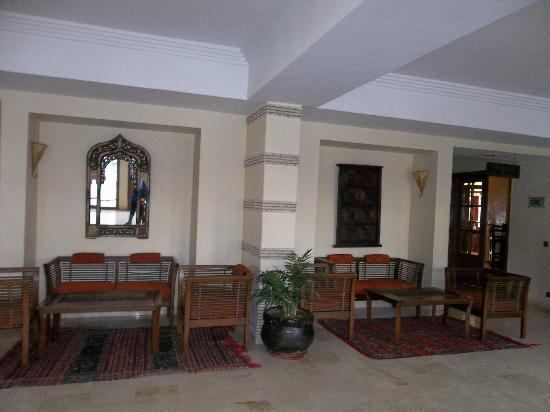Flathotel Residence : reception area