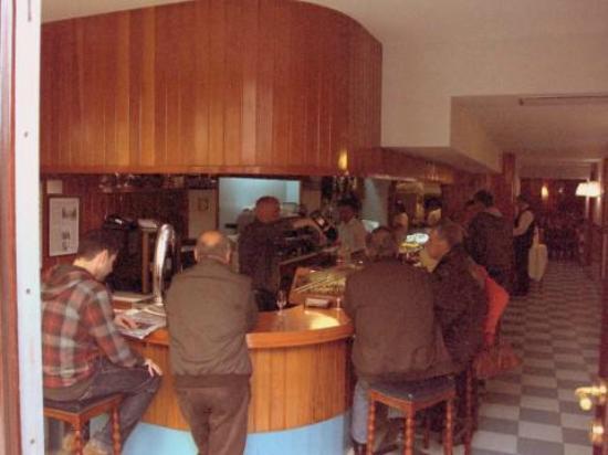 Vista del bar de Casa Felipe.