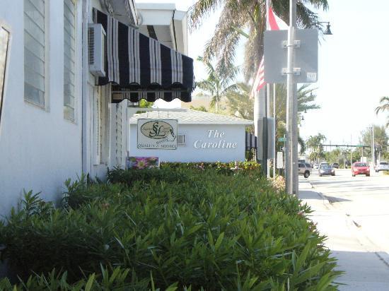 The Caroline-Ocean Beach Hotels: Hotel exterior