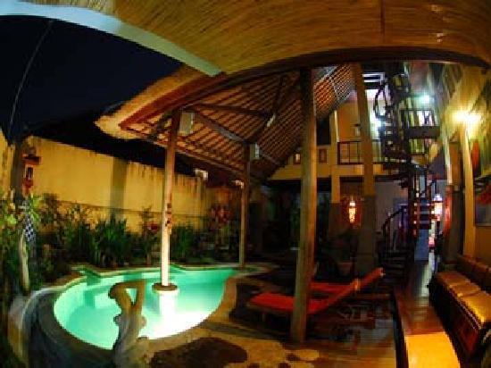 Uluwatu Gecko Inn