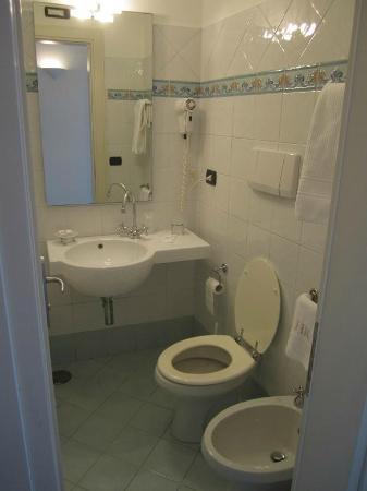 Residence Hotel: Standerd Double Bathroom