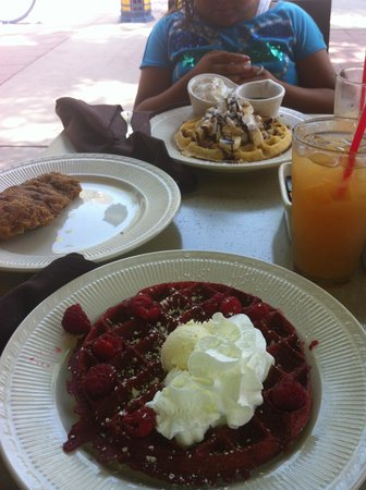 waffle chix: yummy red velvet and banana peacan