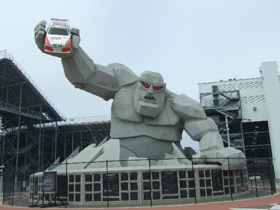 Dover Downs Hotel & Casino: Miles the Monster at Nascar Track