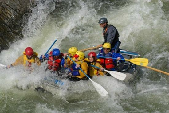 Zephyr Whitewater Expeditions: Merced River Rafting