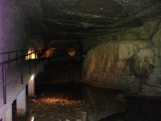 Smallin Civil War Cave 사진