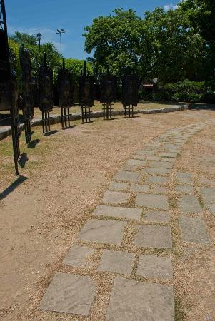 Philippine Presidents' Gallery: Pathway at the Gallery
