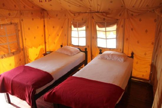 Five Five Restaurant and Guest Tents : twin bed option