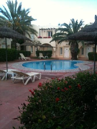 Villamar Hotel de Charme: 6am swimming pool
