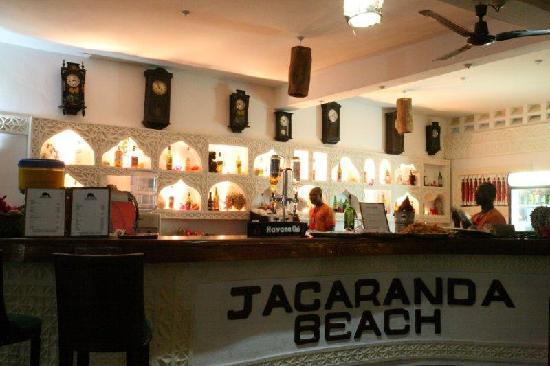 Jacaranda Beach Resort: bar-al-jacaranda