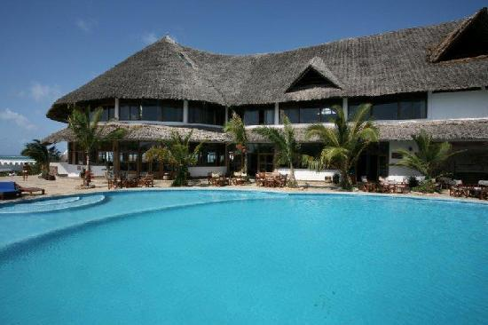Jacaranda Beach Resort: foto piscina al jacaranda