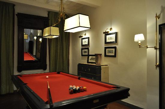 Hotel Cellai: The Biliard Room