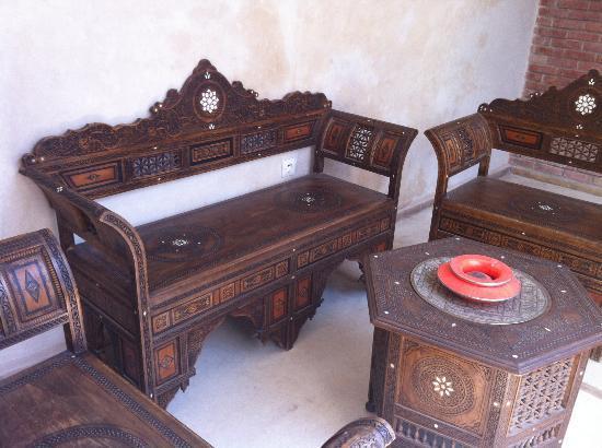 Riad Alamir: coin salon en étage