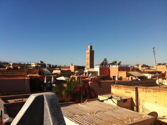 Riad Alamir: vue exterrieure terrase