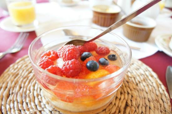 The Corner House: fruit for breakfast