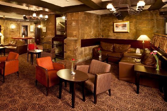 Mercure Perth Hotel: Best Lounge - FREE WI-FI