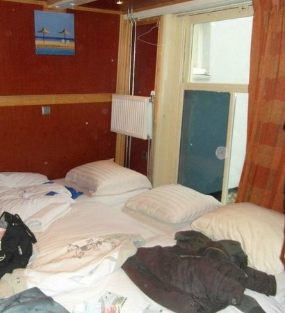 Amsterdam Inn Bed & Breakfast: Basic Triple room