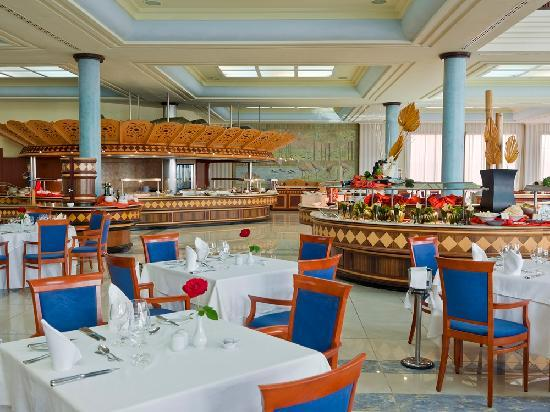 IBEROSTAR Grand Hotel Salome: Buffet Restaurante