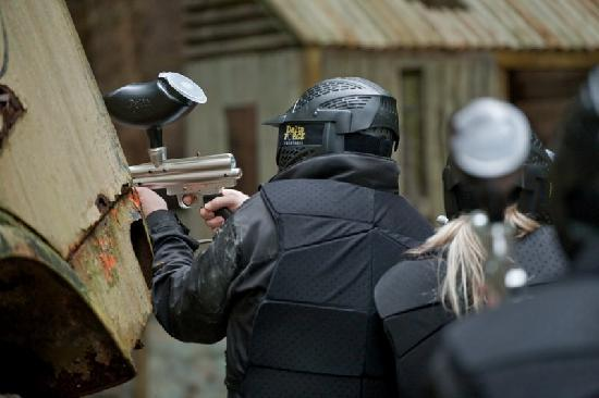 Delta Force Paintball Maidenhead: picking his target