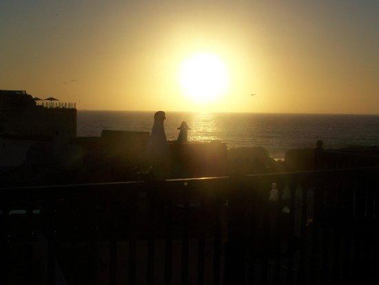 Riad La Rose des Vents: coucher de soleil depuis la terrasse
