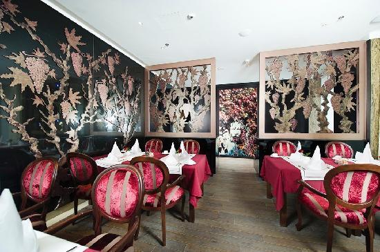 IBEROSTAR Grand Hotel Budapest: Bar