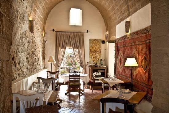 Vejer de la Frontera, Spain: El Jardin del Califa, Vejer - Templo dining area