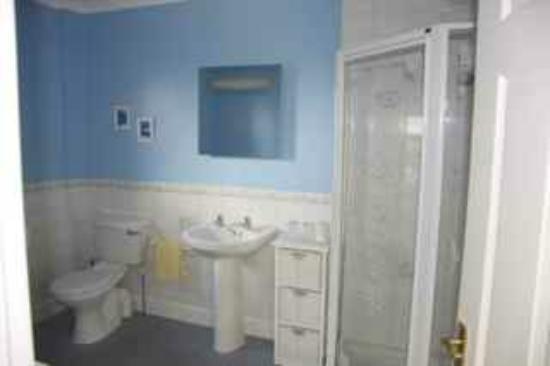 Milton Lea Bed & Breakfast: Badezimmer sehr sauber