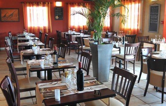 So'Lodge Niort A83: So'Lodge Café & Restaurant