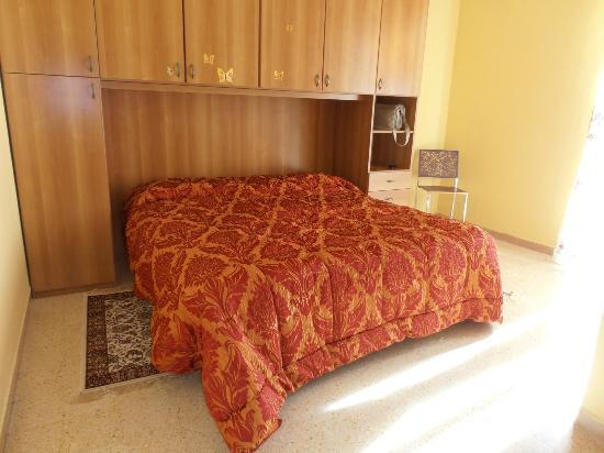 Bed & Breakfast L'Arcobaleno: camera