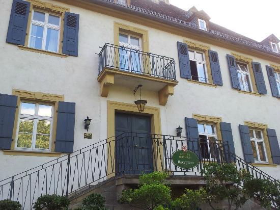 Hotel Schloss Heinsheim: Aussenansicht