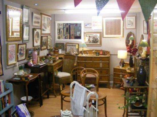 ‪Sheffield Antiques Emporium‬