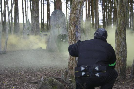 ‪Delta Force Paintball Lichfield‬