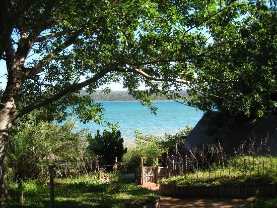 LaGoa Eco Lodge: View of the lagoon from our Rondawel