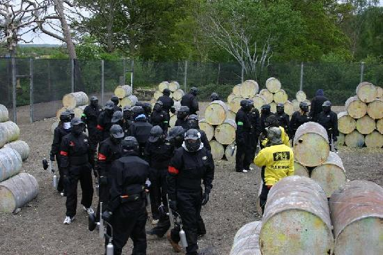 Delta Force Paintball Banbury: Time for the pep talk before the game begins