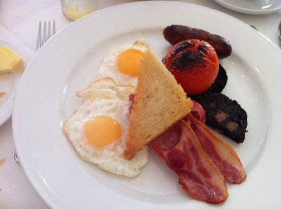 Burleigh Court Hotel: 朝食(イングリッシュブレークファースト)