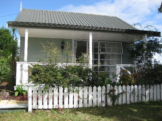 Ash Grove Motel : Our little house
