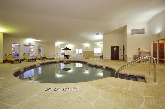 Sleep Inn & Suites : Pool