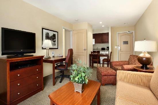 Homewood Suites by Hilton Denver Littleton : Many Suites have Views of Rocky Mountains