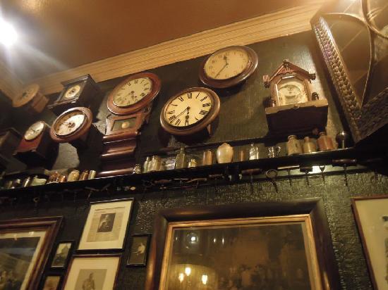The Canny Man  Pub: tick tock