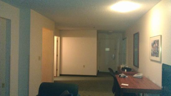 Extended Stay America - Rockford - State Street: Sitting Area / TV