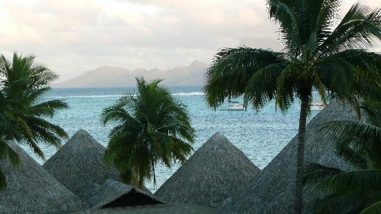 InterContinental Tahiti Resort & Spa: View from balcony2