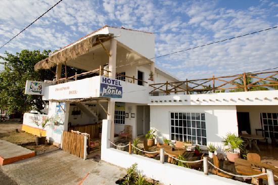 Hotel Punta Ponto on the waterfronb in Rio Lagartos
