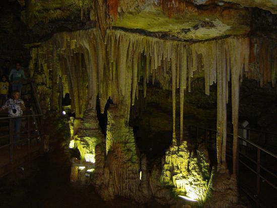 Rei Do Mato Cave: las formaciones calcareas