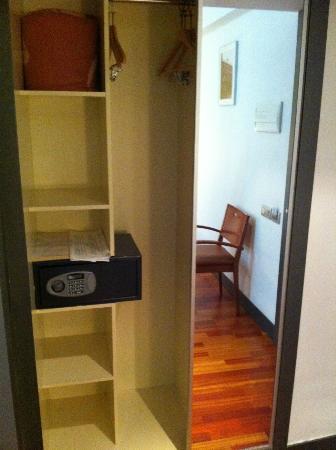Hostal Torrejon : caja