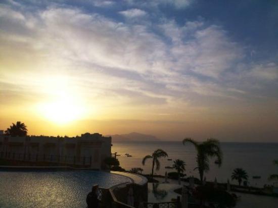 Concorde El Salam Front Hotel: شروق الشمس