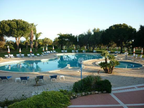 Club Alicudi Hotel : Piscine
