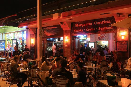 Margarita cantina crab and seafood house fort lauderdale for Fish restaurant fort lauderdale