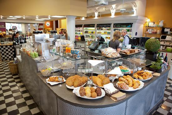 Flying Elephants at Fox Tower: Fox Tower pastry counter