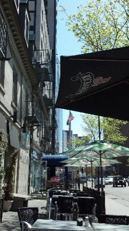 Bistro Cafe & Cucina: Outdoor Seating Looking Down Sherbrooke