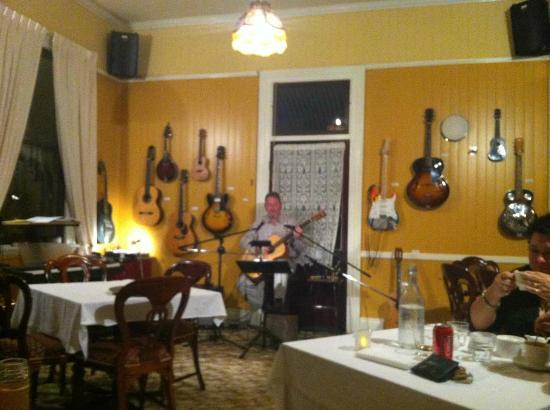 Whiskey Gully Wines and Beverley Vineyard Restaurant: John entertaining diners after the meal
