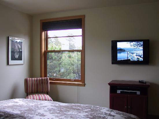 Coast Condos: condo #6 master bedroom